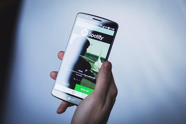 Mit Spotify als echter Alternative erhalten die Influencer mehr Freiheit.